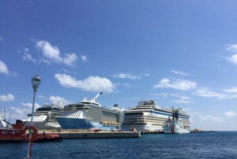 Sint Maarten - Holländische Karibik mit AIDAblue