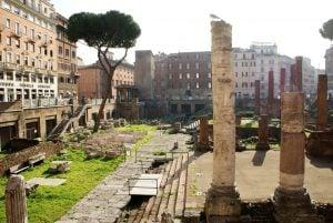 Tempelruine auf dem antiken Campus Martius