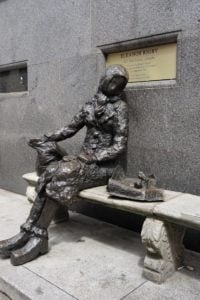 Eleanor-Rigby-Skulptur in Liverpool