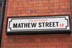 Mathew Street Straßenschild Liverpool