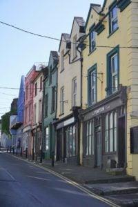 East Beach Häuser Cobh Irland