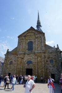 Abtei Kirche Mont-Saint-Michel Front