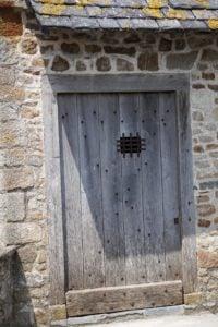 Wo führt die Tür wohl hin? Mont-Saint-Michel
